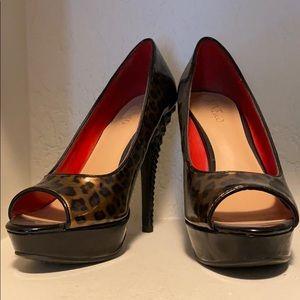 Nine & Co patent leather studded heels/leopard